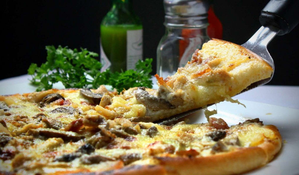 cheese-dinner-drink-2249